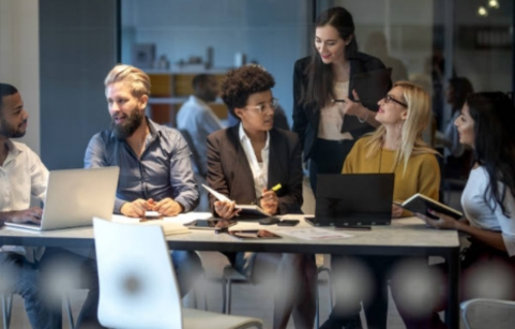 ¿Qué hacen los profesionales de recursos humanos?