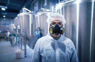 Trabajadores sanos y salvos usando la higiene industrial