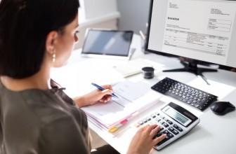 ¿Cómo factura un autónomo o empresa?